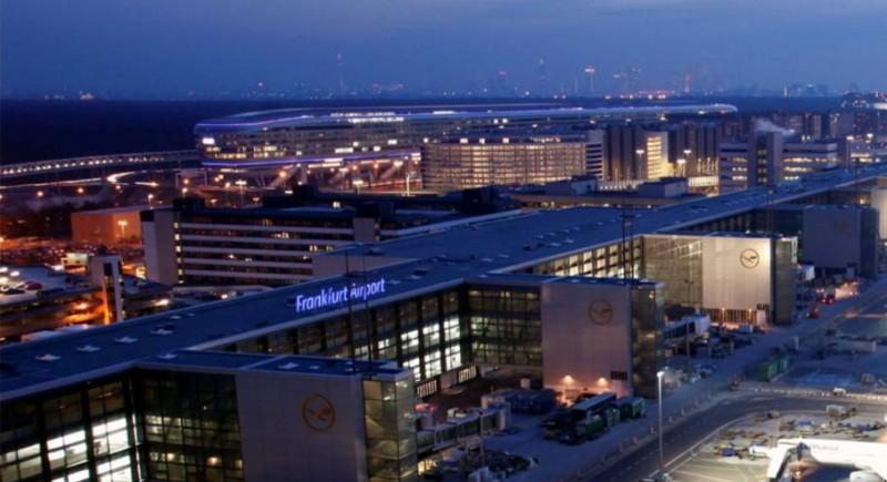 Латище Франкфурт, чартърни полети
